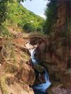 葫芦涧的瀑布